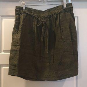 Loft sz M Olive utility skirt